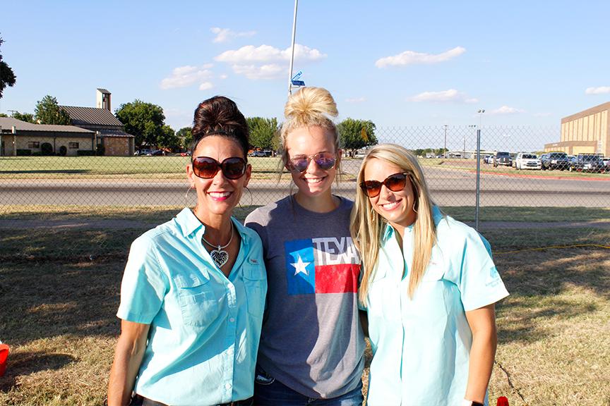 Kristin Morris, Girl Morris, and Meagan Swenson smiling